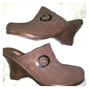 L NEW Dr Scholls Brown Leather Wedge Clogs 9.5